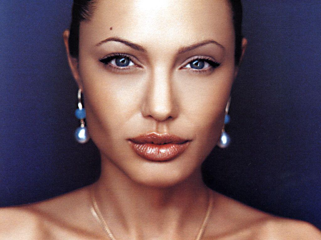 Hacked Angelina Jolie nude (91 foto and video), Ass, Sideboobs, Feet, legs 2019