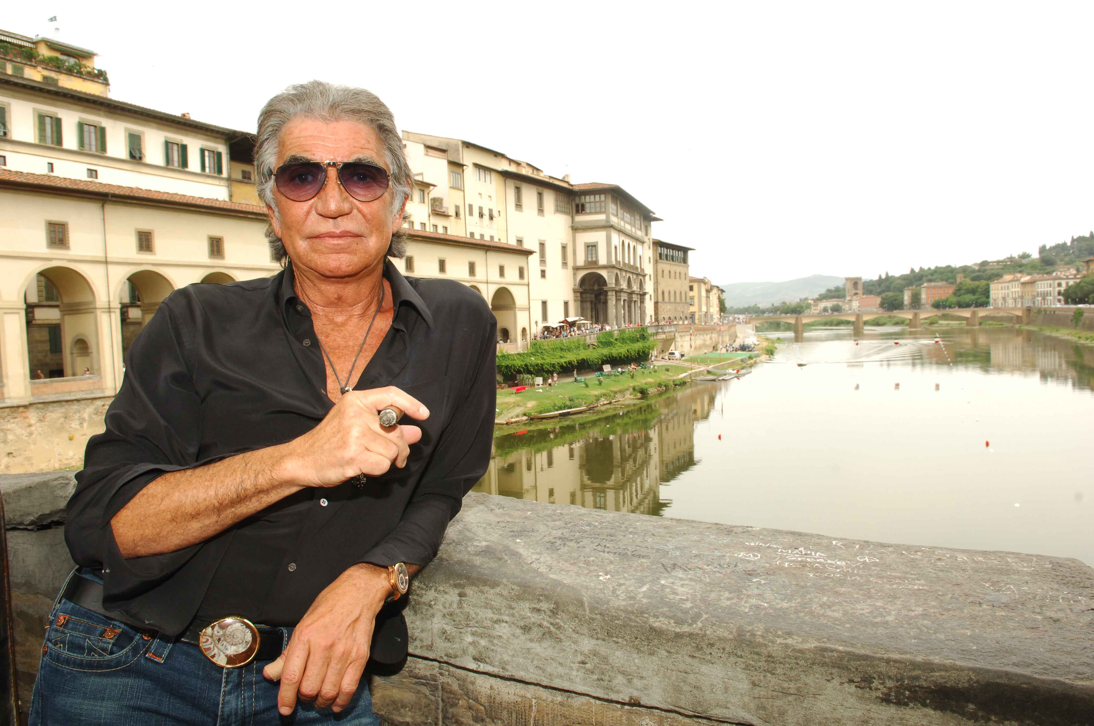 Fashion week Cavalli roberto company bought by clessidra for lady