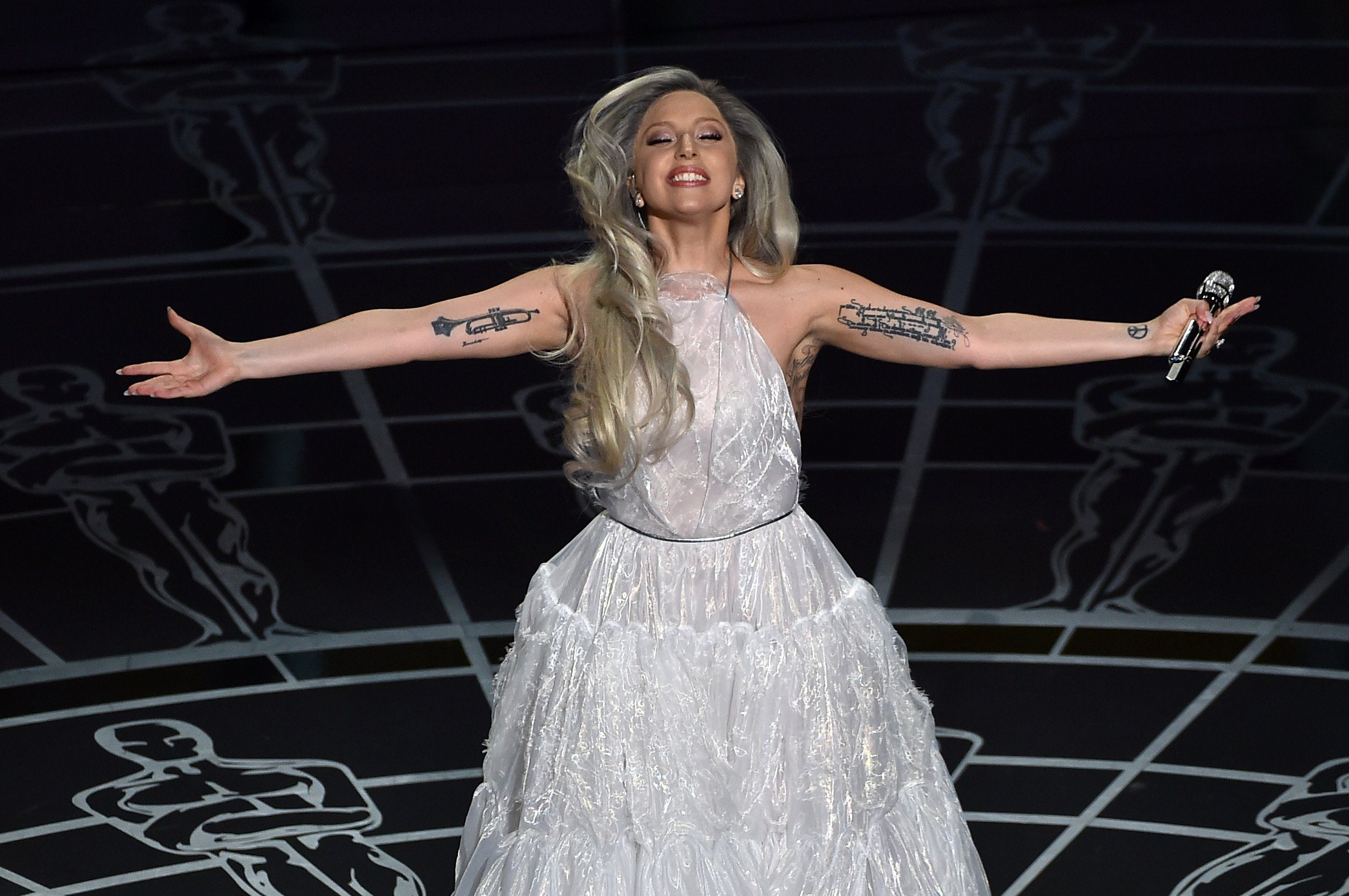 lady-gaga-oscar-sound-of-music