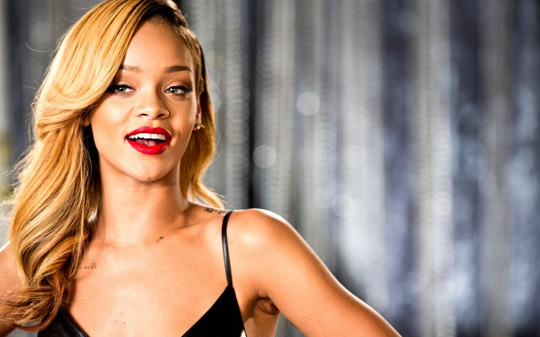 Rihanna-image-rihanna-36398667-1440-900