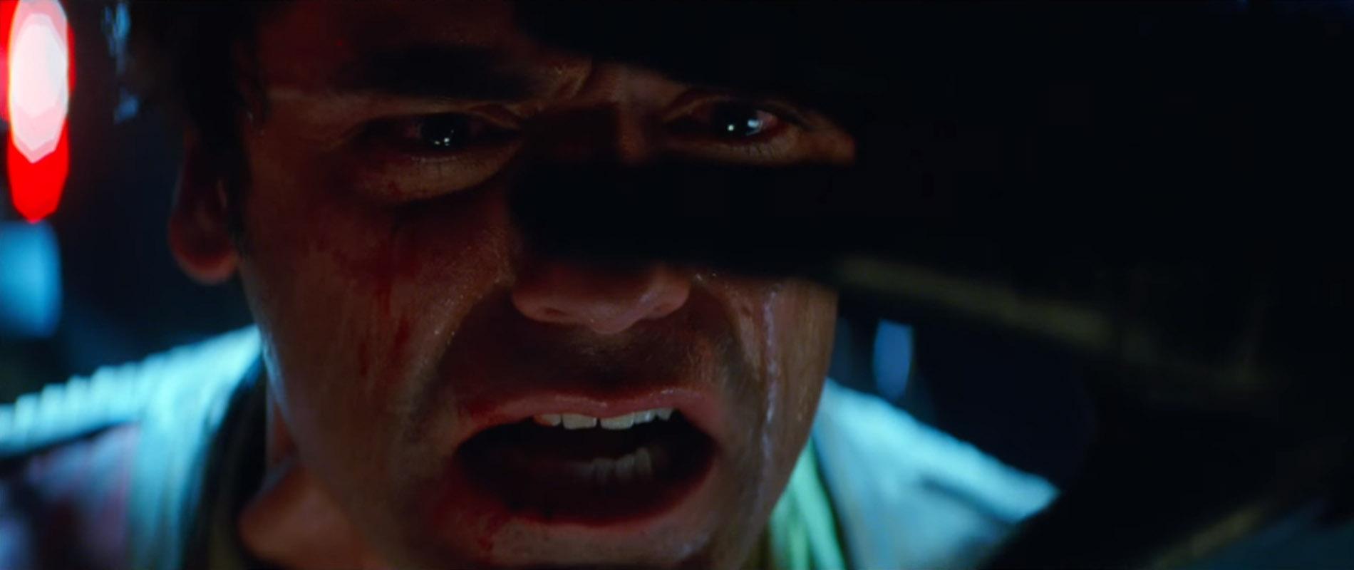 Star-Wars-7-Trailer-3-Poe-Dameron-Torture