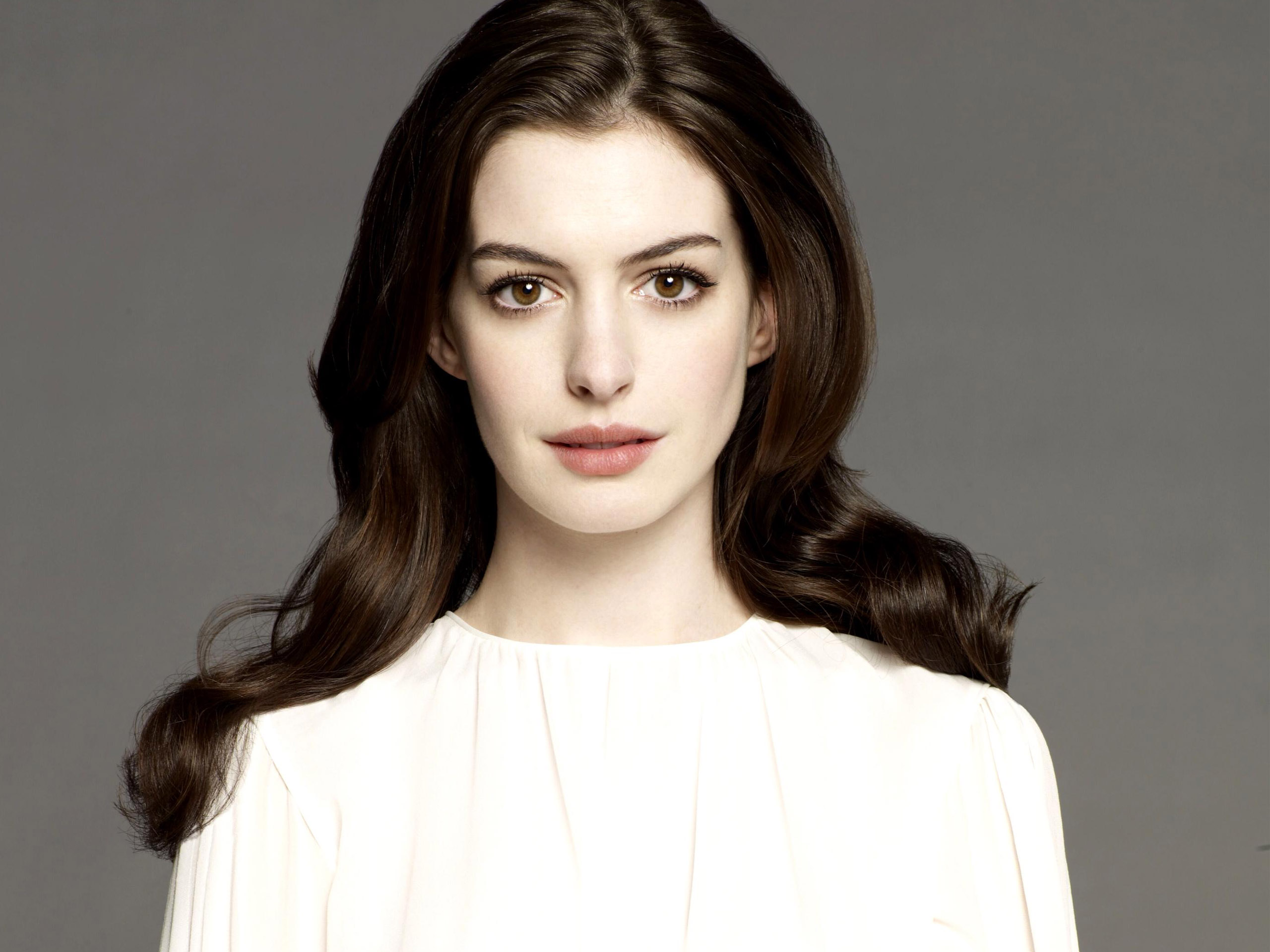 anne_hathaway_3-normal