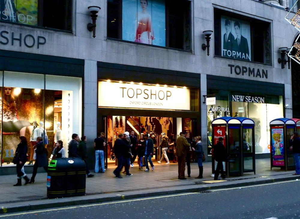 topshop-living-wage-protest-cleaners-arcadia-group-body-image-1457721519-size_1000