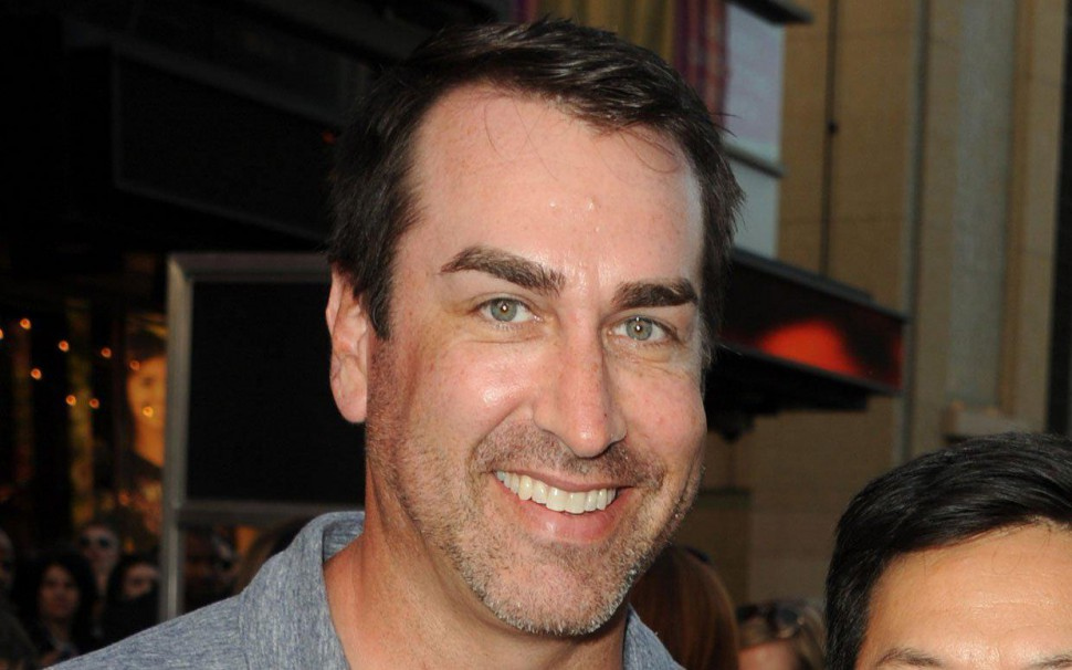 Funny Man Rob Riggle Joins Dead Rising Watchtower Cast Film News Conversations About Her