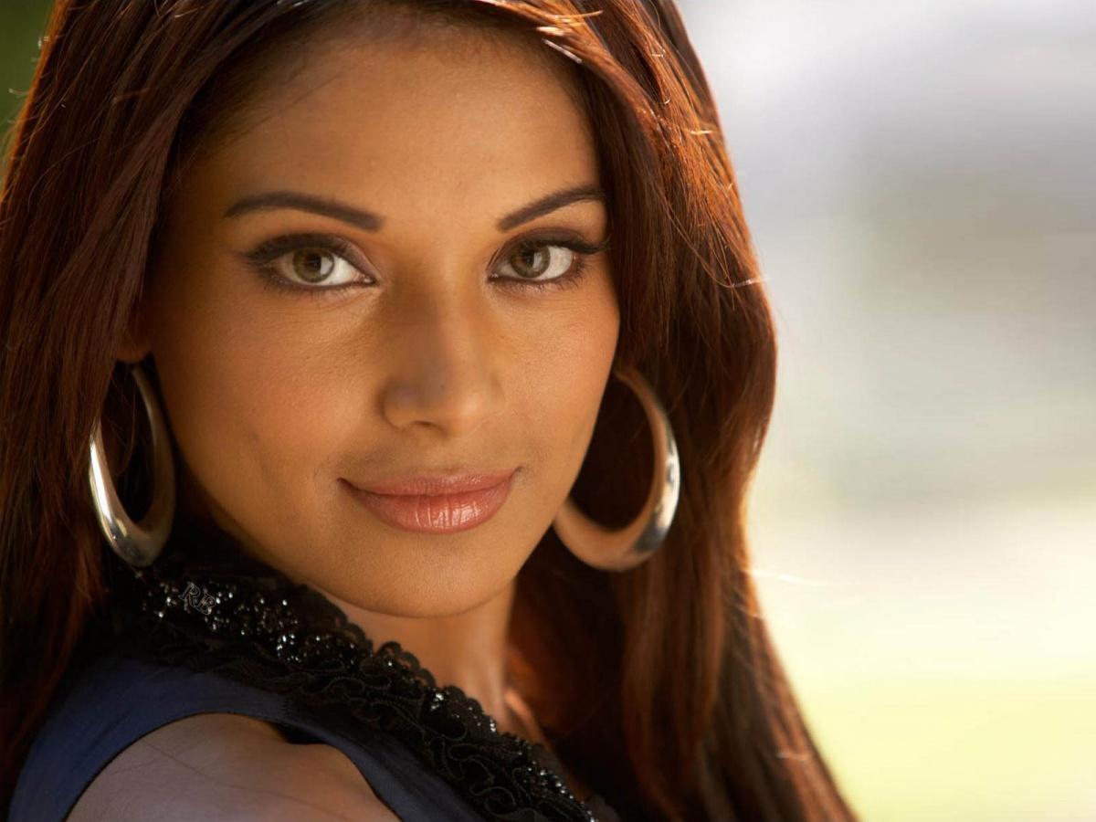 Bipasha Hot Video bipasha basu stars as conjoined sisters in bollywood horror