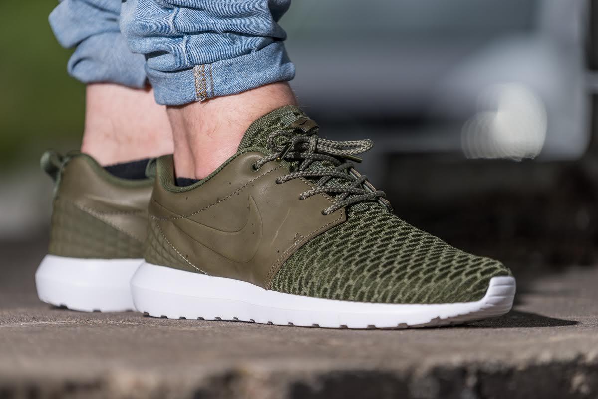 różne style buty na tanie największa zniżka Nike Roshe One Flyknit Premium 'Rough Green'   Fashion News ...