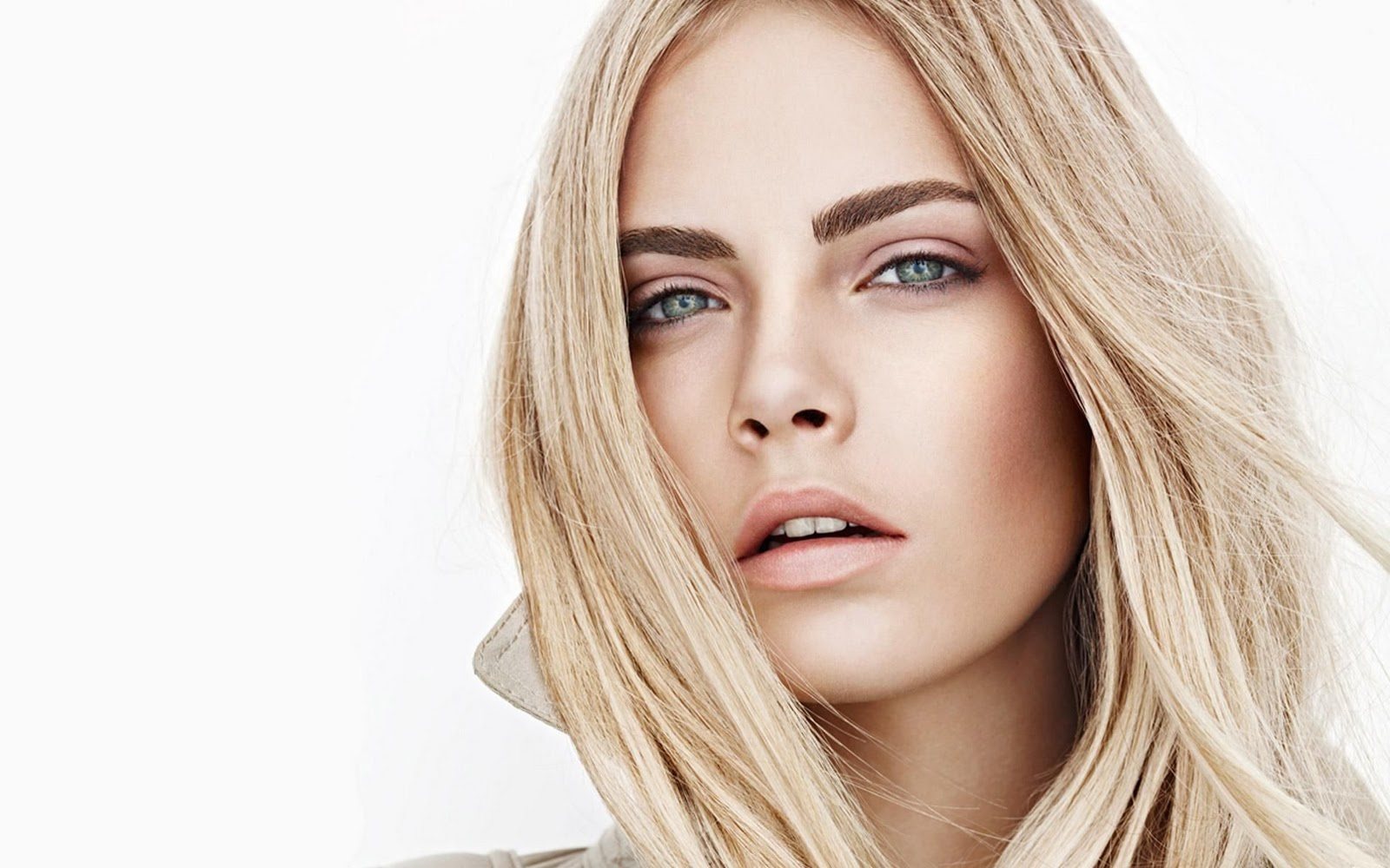 Superhero Movies Are Sexist According To Suicide Squad Actress Cara Delevingne Film News Conversations About Her