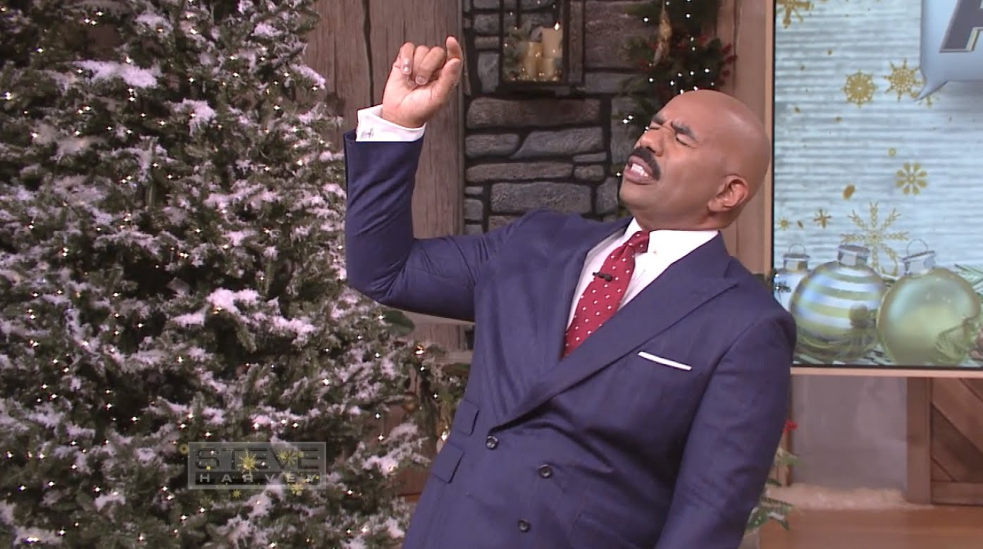 Steve Harvey Christmas Tree.Steve Harvey Wishes Everyone A Merry Easter On Christmas