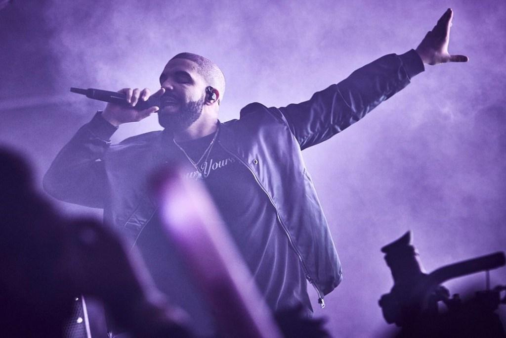 Drake 16.04.2016ANDREW