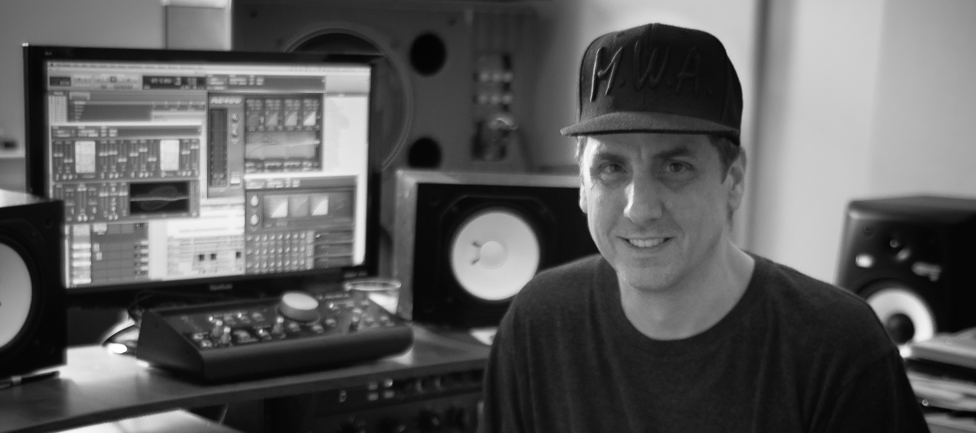 Mike_Dean_Interview-21-698