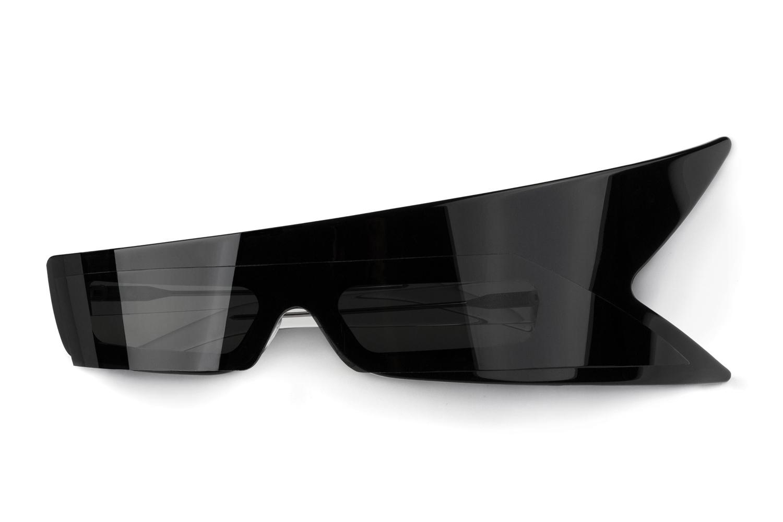 acne-studios-guitar-sunglasses-mediator-1