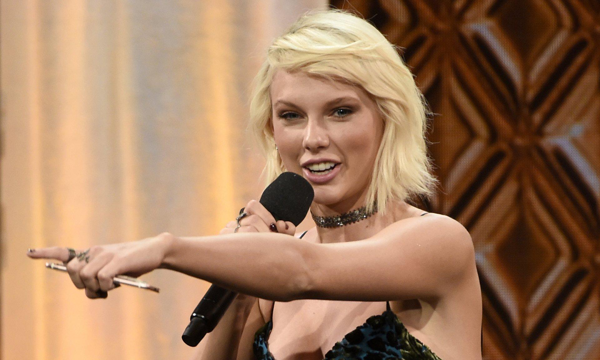 Taylor Swift 12.07.2016ANDREW