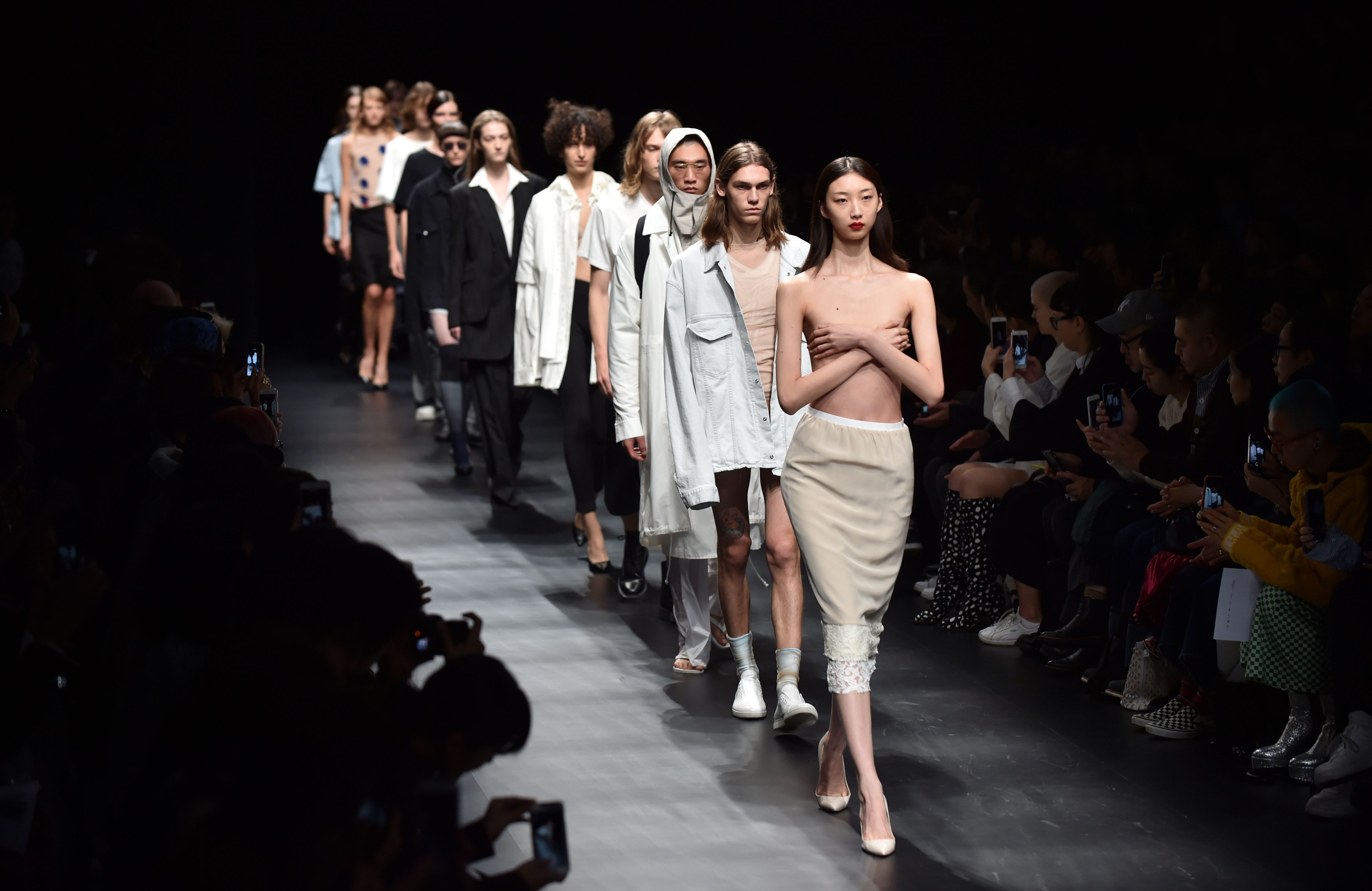 Tokyo Fashion Week Showcases More 2018 Spring Summer Designs Fashion News Conversations About Her