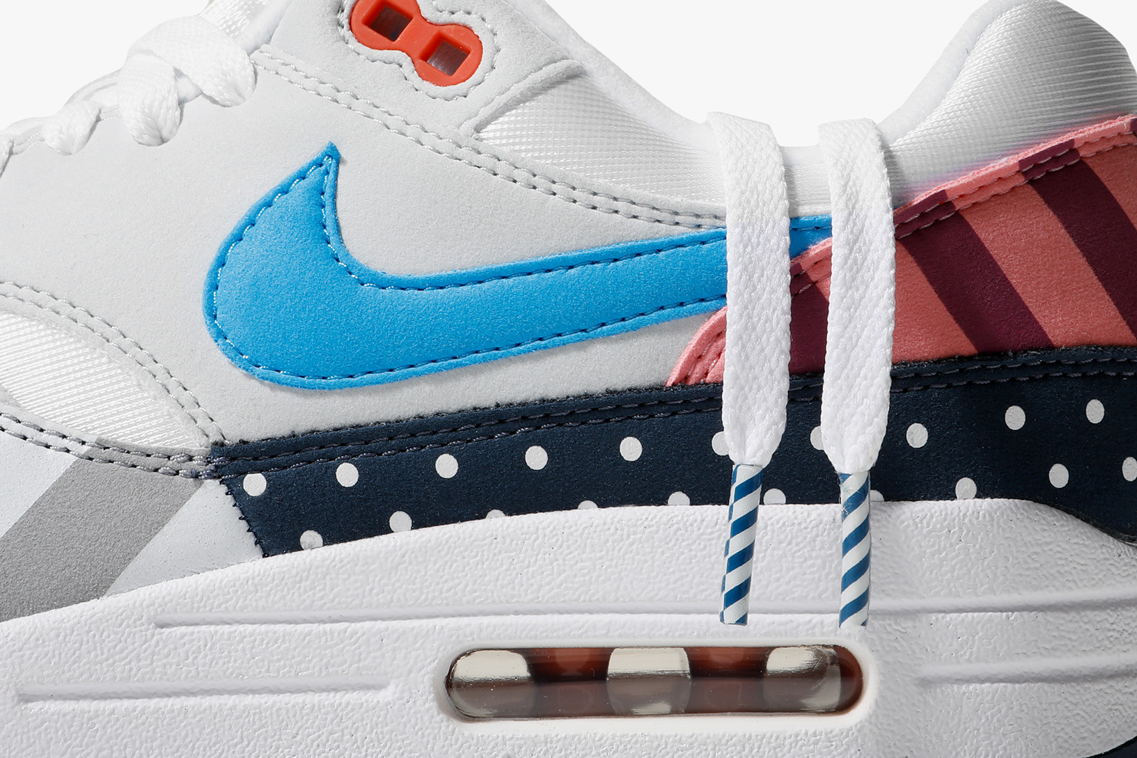 Múltiple Tratamiento Preferencial Bibliografía  Parra Join With Nike To Reveal A New Air Max 1 | Fashion News -  Conversations About Her